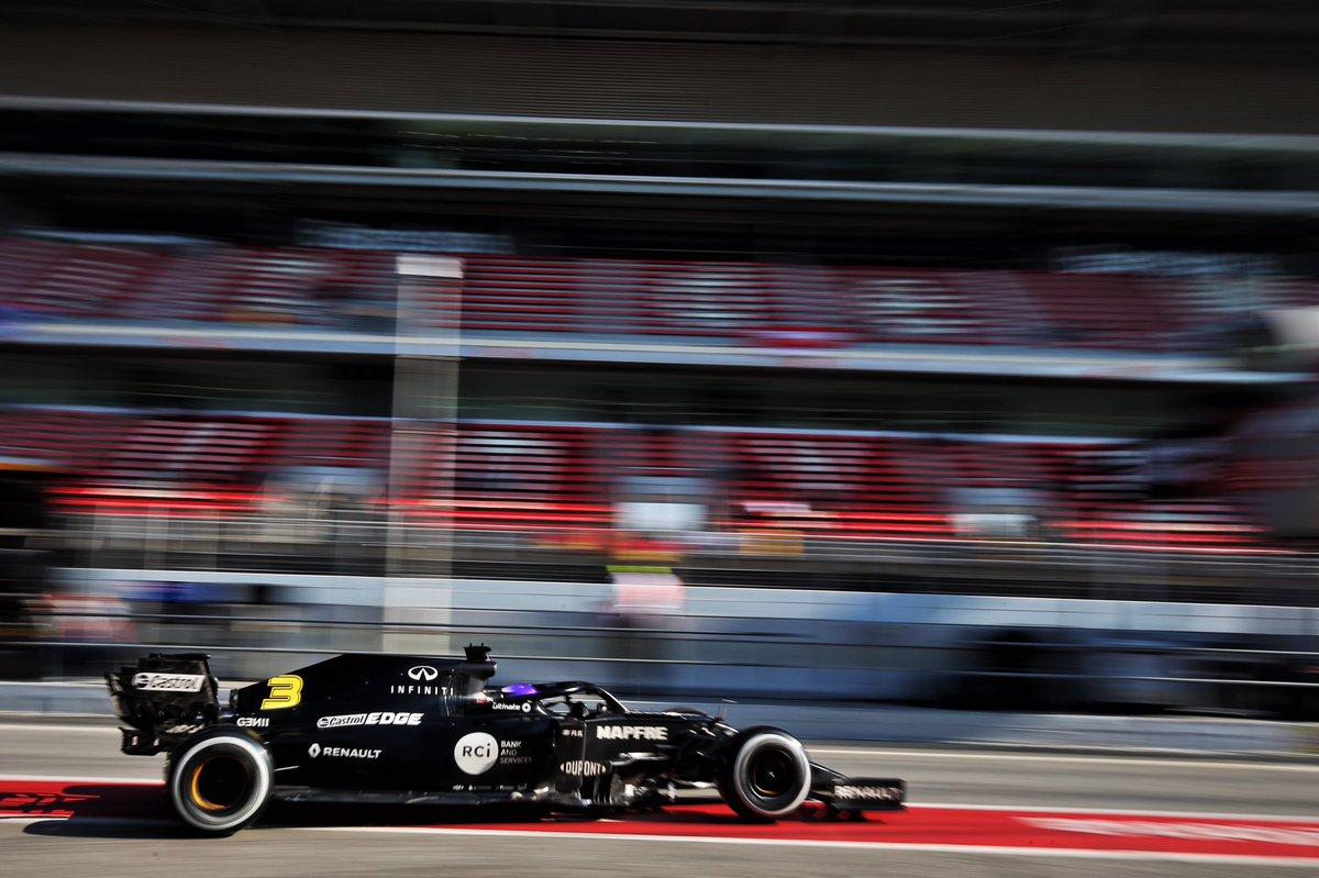 La RS.20 de Daniel Ricciardo a parcouru 93 tours, tout cela en une après-midi 💛 Il est septièmes avec un temps de 1:17.574 #F1Testing #RSspirit #RS20 #Formula1 #DR3 #F1