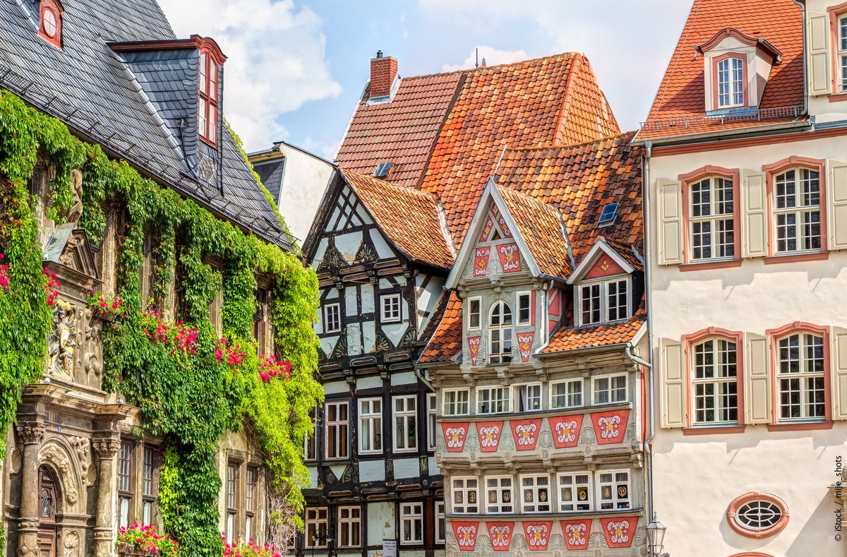 Quedlinburg's timber-framed buildings are what makes the city such a perfect example of a medieval town. https://fcld.ly/gv4y69kpic.twitter.com/RsP29T4bWL