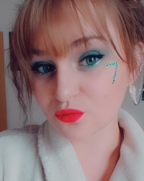#bts #MAPOFTHESOUL7 #btsFilter #love #loveyourselffirst #justtrustmyself #makeupinspiration #ON #ARMY_COMEBACK_KIT  #BTSARMY #makeuponpoint #me #photooftheday #happy #bestday #redlips #loveitpic.twitter.com/eXmbUjwQHo