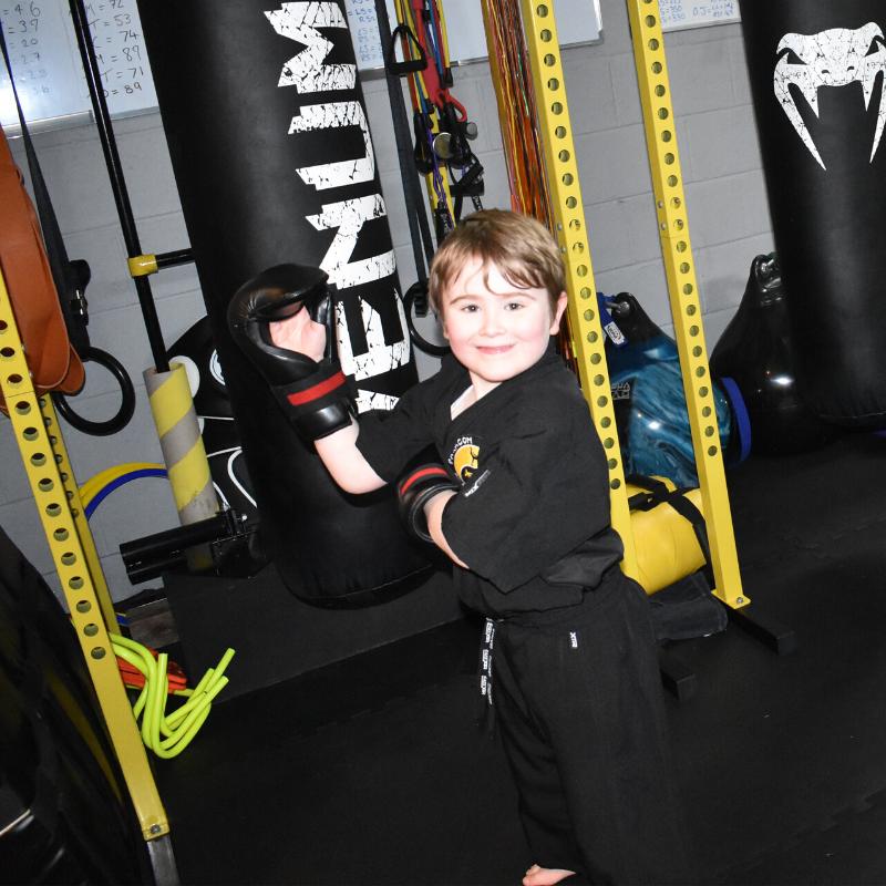 Bag life🥊🥊🥊 . . #pka #paragonkickboxingacademy #kickbox #kickboxer #kickboxers #kickboxing #fitness #fitfam #martialarts #boxing #dojo #martialartsgym #gym #gymlife #kidkickboxer #kidkickboxers #kickboxerkid #kickboxerkids #littlekickboxer #littlekickboxers