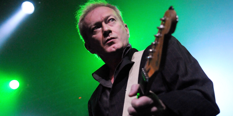 Jon King poignantly remembers Andy Gill, his longtime friend & co-founder of Gang Of Four. Plus @SimonRetromania pays tribute to the famed guitarist's influence on legions of musicians Listen Tonight at 9.00pm UK Time on @CornucopiaRadio  Info https://wp.me/p38QA8-2Qa #GangofFour pic.twitter.com/n7SZf3C7WI