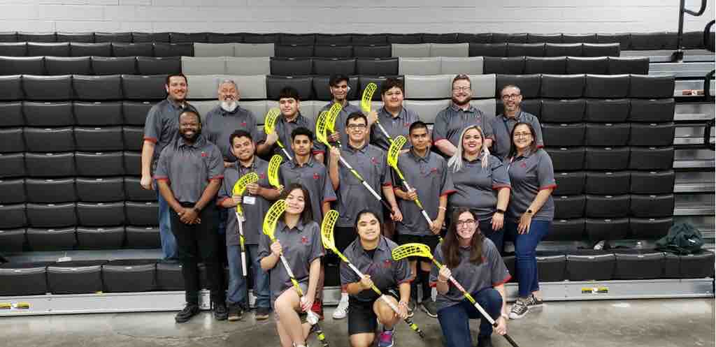 These golden knights ⚔are ready to represent the Kingdom 🏰 and the 915 #SOTX #ElPasoStrong #KingdomOfChampions @YsletaISD #TheDistrict