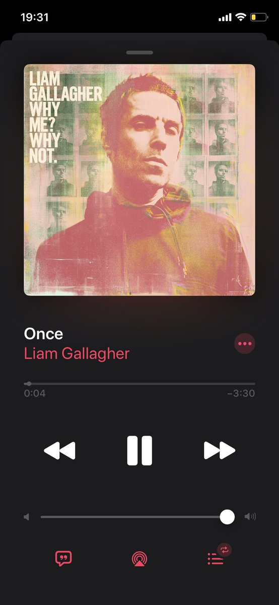 RT @ronanofficial: Now your talking ya bleedin legend @liamgallagher https://t.co/noBk78ntxu