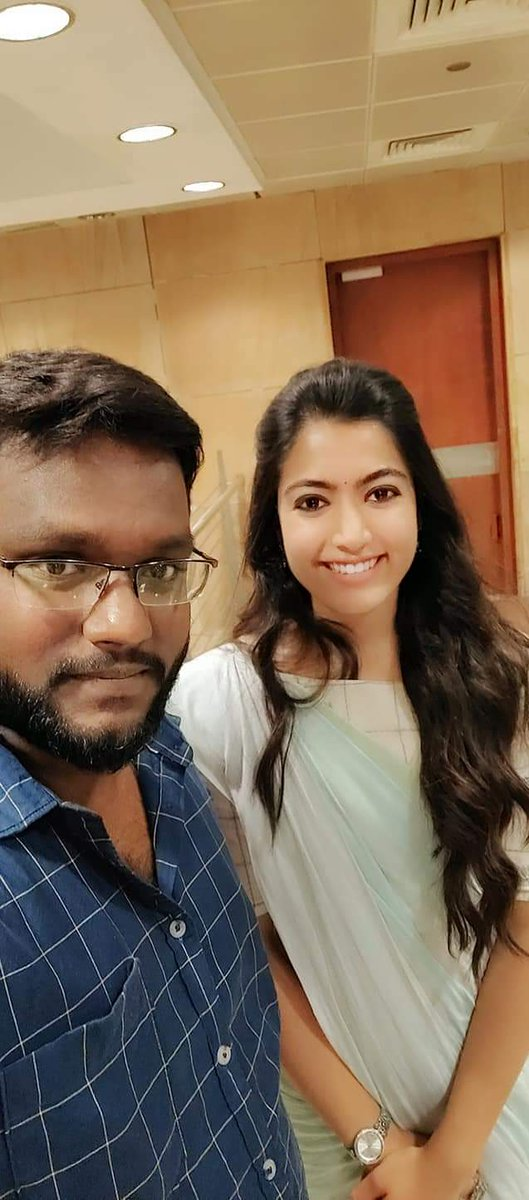 @iamRashmika i never forget that day . Its a memorable day to me I met u and I seen u very closely really i am sooo happy. Just watched #Bheeshma u r acting n expressions esply u r dance in #Whatabeauty song really what a beauty you are  Love U pic.twitter.com/uzymiVrEas