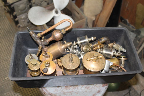 A few more things in our upcoming online Navy, machinist, hobbyist #tools/#collectibles #auction on HiBid! Bidding starts February 28 @ 12 noon, ends March 6. ~Info/pics: https://www.auctionzip.com/Listings/3403928.html… ~Blog: http://bit.ly/Marchonlineauction… #NewJersey #onlineauction #vintage #clocks #gaugespic.twitter.com/FOv5Z4HRjh