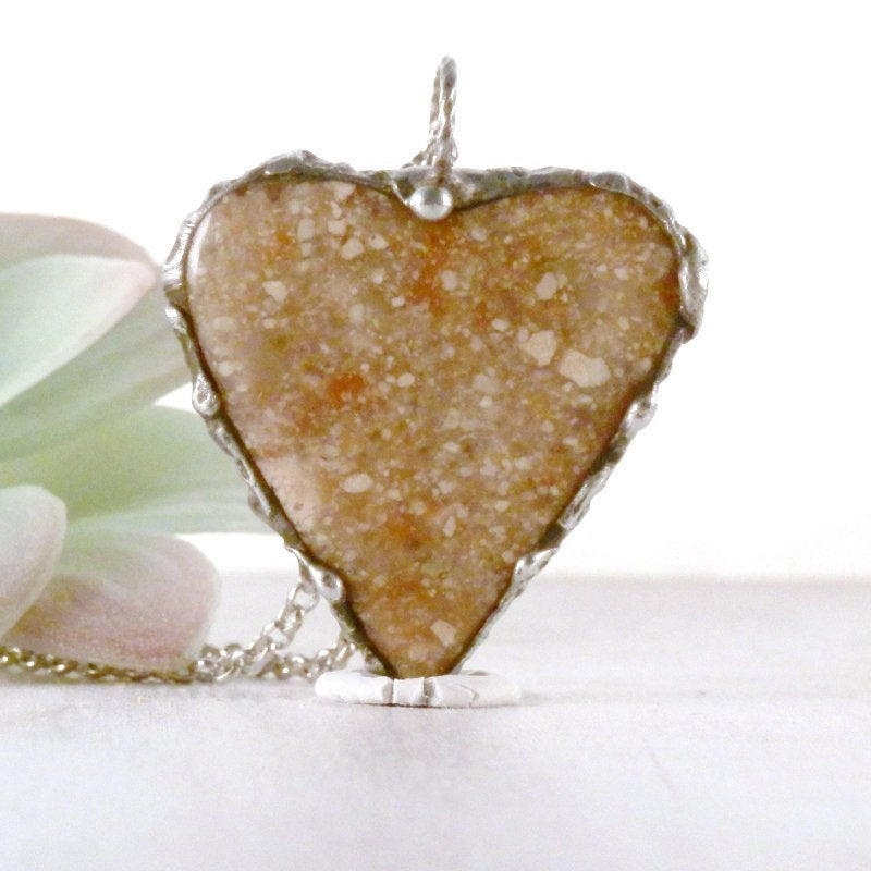 Pink sea sediment, jasper necklace, heart pendant, jasper jewelry, pink stone heart, artisan jewelry, romantic necklace, girlfriend gift  #realflower #jewelryonetsy #handmadejewelry #boho #terrarium #handmade #beach #HeartPendant