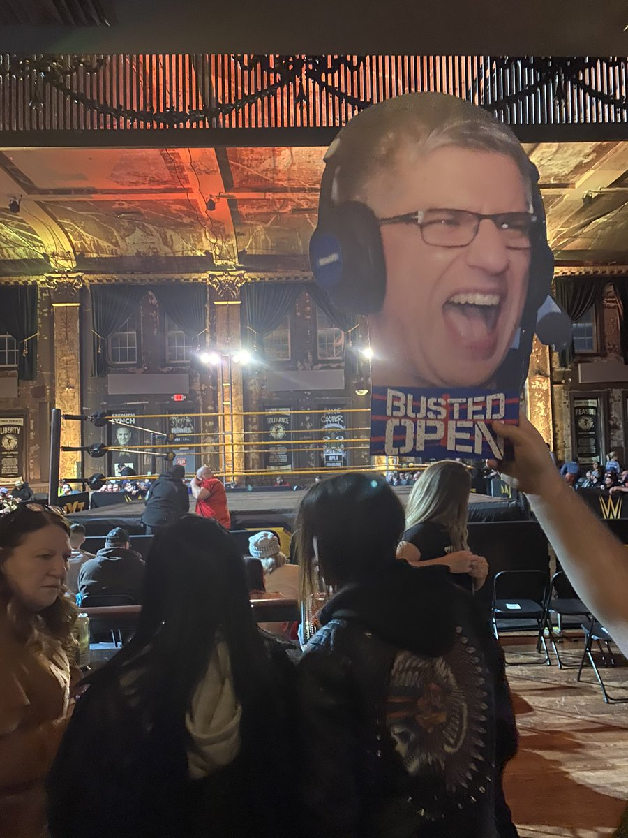 #NXTMILWAUKEE @BustedOpenRadio @davidlagreca1 Lagreca Fat Head sighting!