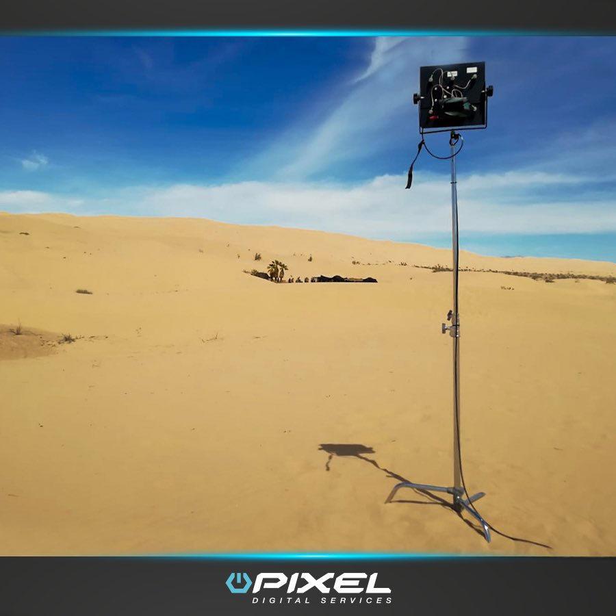 Filmando con nuestros sistemas @Teradek. Zero delay uncompressed wireless transmition ¡Equipos wireless de la mayor calidad! http://www.pixeldigitalservices.com #pixelonset #filmlife #setlife #vtrlife #wireless #monitoring #behindscenes #makingoff #moviemaking #setlife #filmlife #cinemapic.twitter.com/D8MWy84tJv