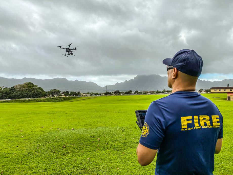Last week, #FLYMOTION's #UAS trainers flew to #Hawaii to bring #DronesForGood outside the lower 48 where Kauai's first responders enjoyed flying the @DJIEnterprise #M210. To inquire about drone training for your agency, please visit .