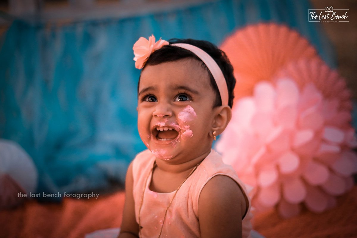 #Baby #Hansaa_Nourin  #Cake_Smash  For booking call : +91 7418582616  Mail us : thelastbenchfotography@gmail.com  #The_Last_Bench_Fotography  #birthdayshoots #birthdaygirl #birthdaycake #birthdayparty #cakesmashphotography #cakesmash #firstbirthdayparty #littleprincess #babydollpic.twitter.com/VHX8v868xe
