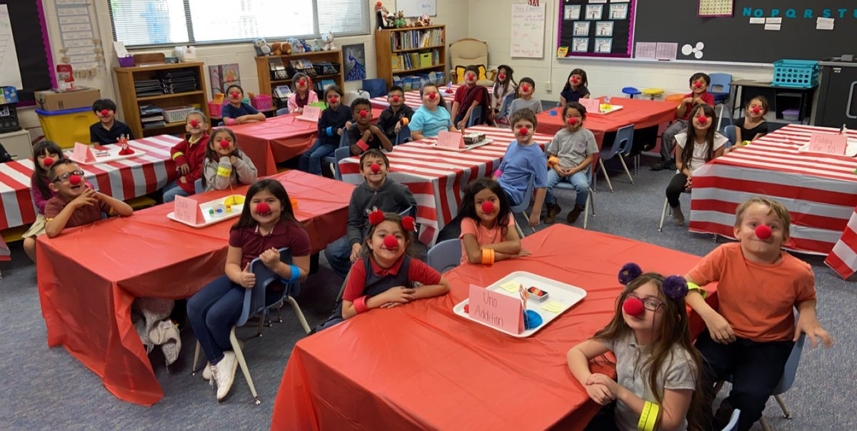 We had so much fun clowning around with math facts during our fluency carnival today! #GleamersGlow #WeAreCrane #WhyCrane @ValleyGleamer  @CraneSchools<br>http://pic.twitter.com/K5F1S6T9J7