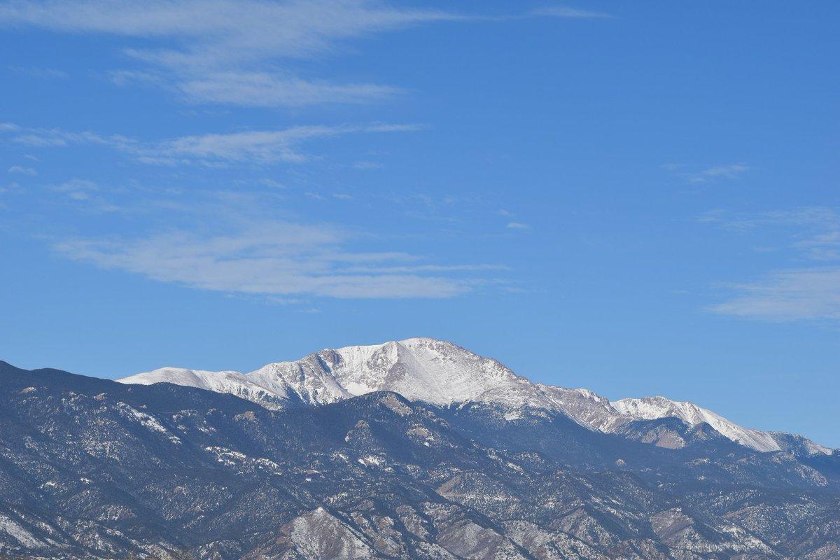 Friday, February 21, 2020#mountain #mountains #americasmountain #pikespeak #colorado #ColoradoSprings #Nikon #nikond3500 #mountainsoftwitter #mountainsofhappiness