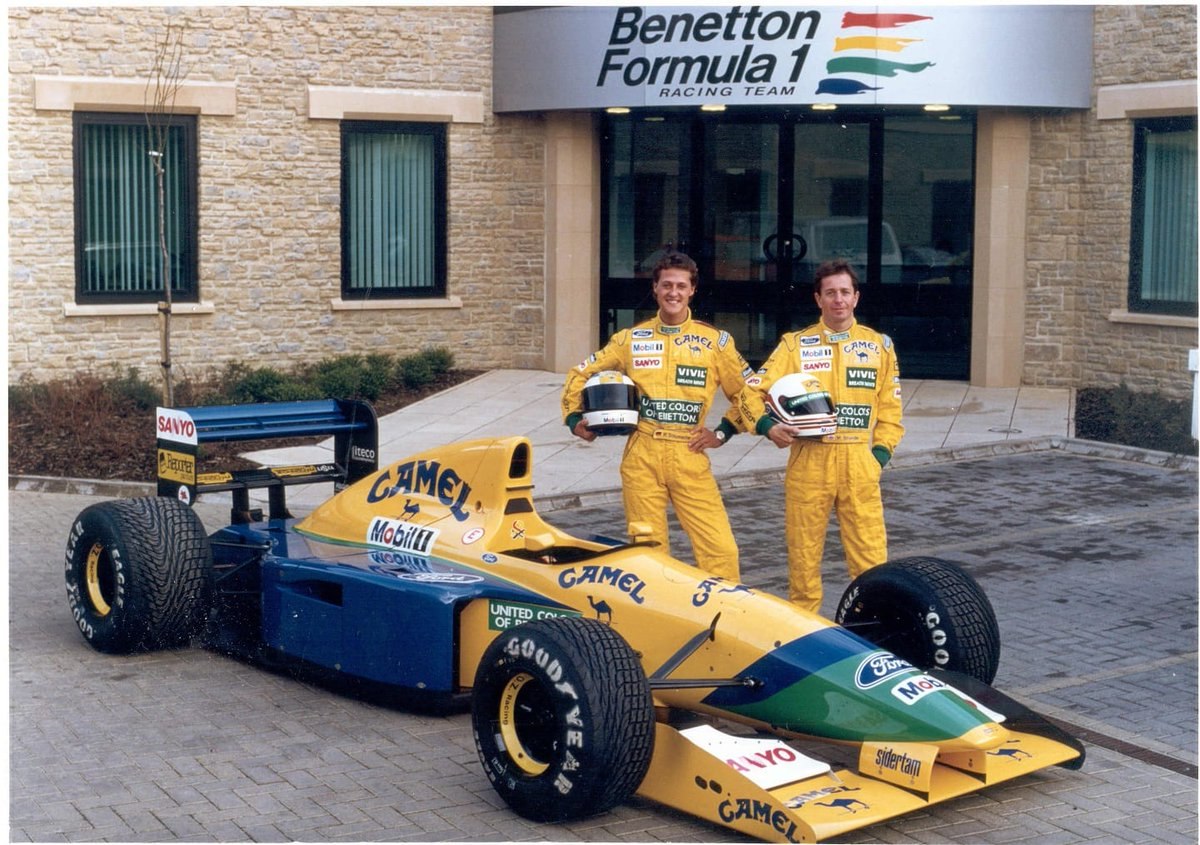 Michael Schumacher / Martin Brundle / Benetton B192.  #F1