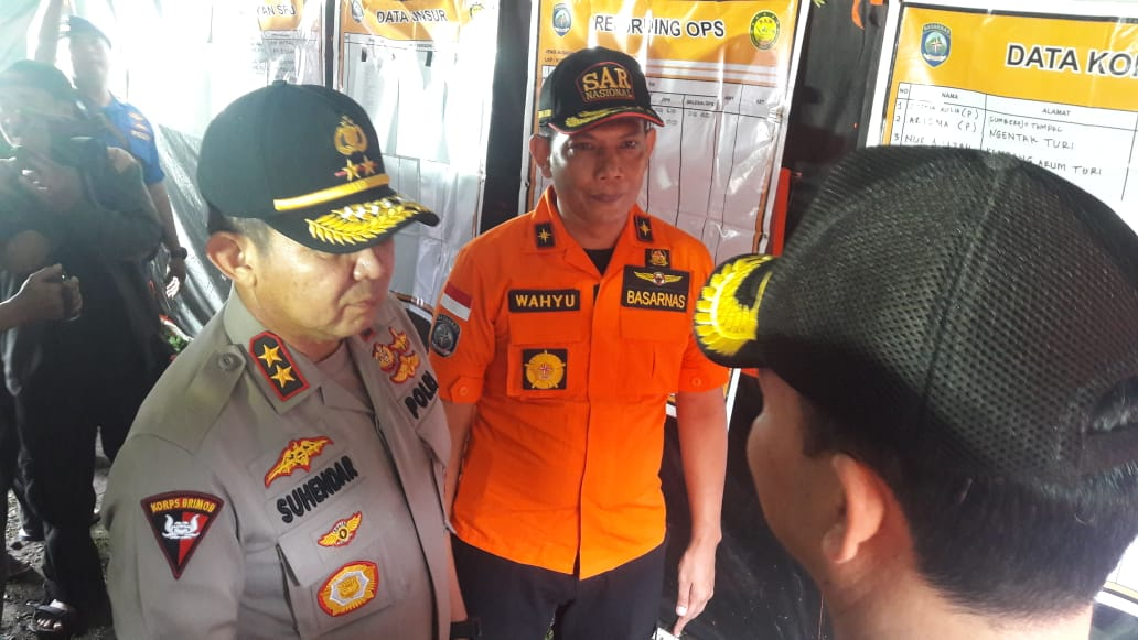 Kapolda DIY Irjen Pol Asep Suhendar berkoordinasi di Posko SAR Kecamatan Turi pada Sabtu (22/2/2020) pagi