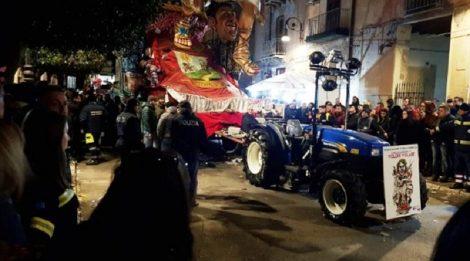 Un bambino di quattro anni è morto stasera durante il Carnevale di Sciacca. - https://t.co/cRKrlRlQKU #blogsicilianotizie