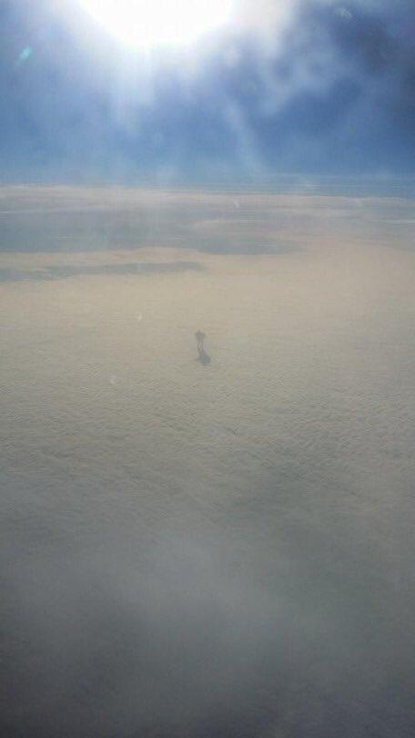 飛行機から撮れた天国の人
