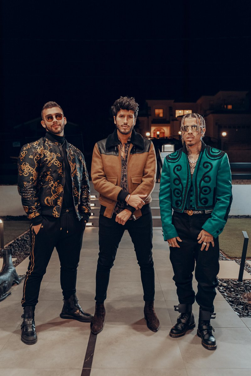 TBT on a Saturday? Se permitimos. Smash ▶️ on the new single from @SebastianYatra with @rauwalejandro and @ManuelTurizoMTZ  👉