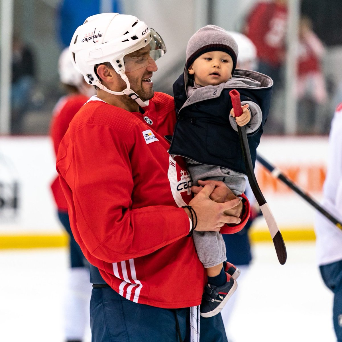 Baby Ovi... look at that stance. The power in this kid. He can already shoot harder than us, what a monster. <br>http://pic.twitter.com/bXMBYeDO2q