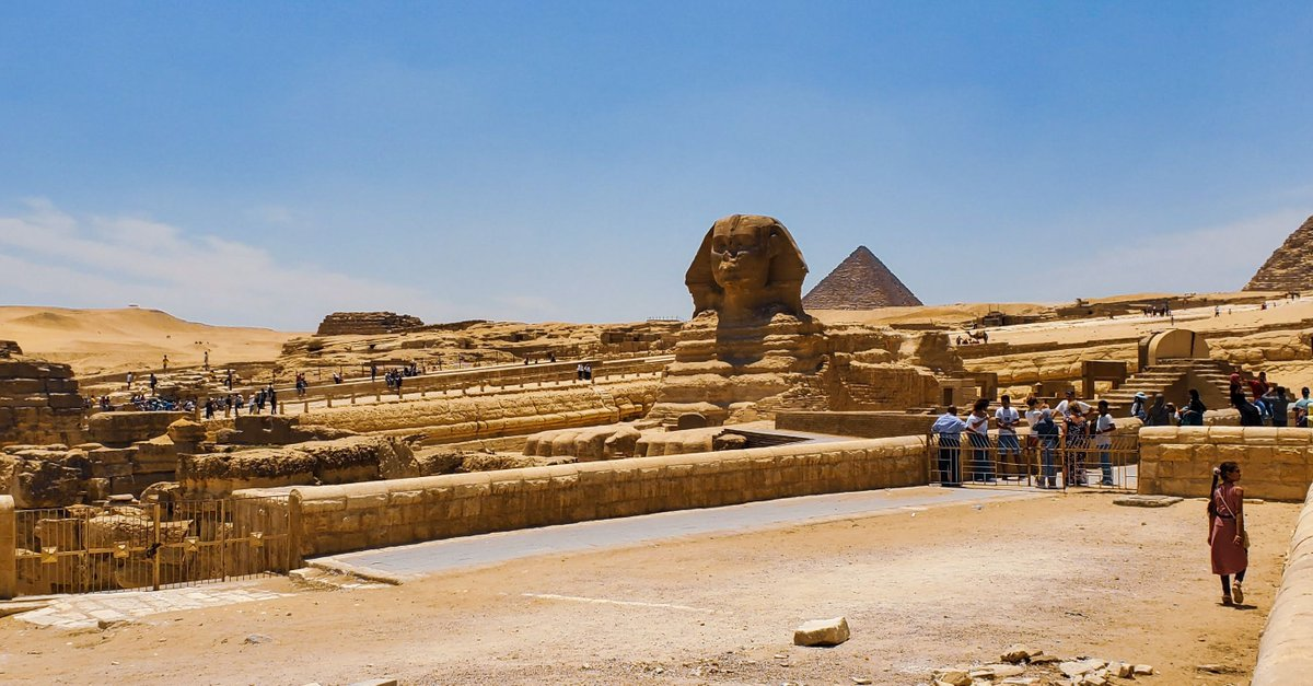 Bravetraveler Vlog - http://bit.ly/31JYW8W #egypt #egyptian #travel #travelblogger #TravelTuesday #travelphotography #photography #bravetraveler #vlogger #vlog #like4like #follow4follow #africa #holiday #pyramids #history #world #traveler #budgettravel #gapyear #cairo