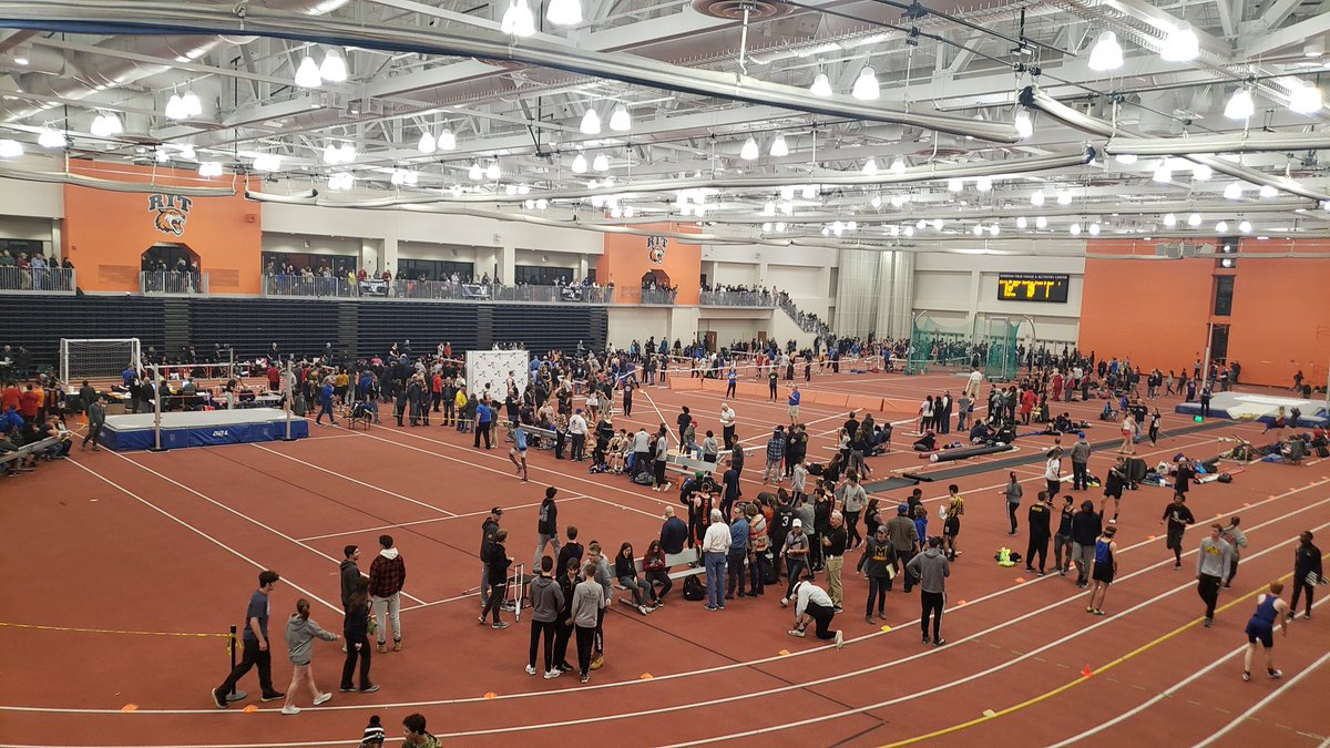 Section V Class A and D Championships tonight. The Raiders are representing! Jessica Pelkey just finished 1st in round one of the hurdles. pic.twitter.com/iWzO8tl3Ar