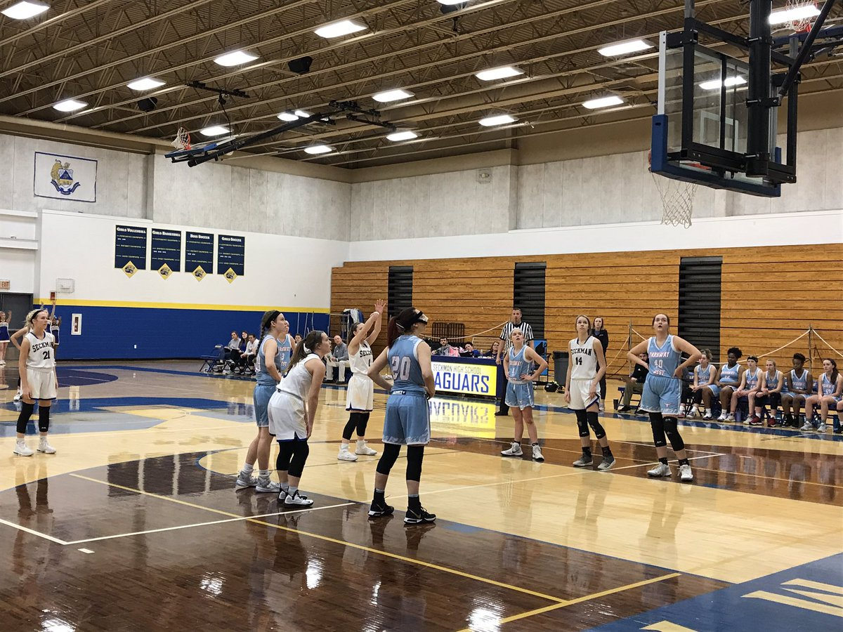 Varsity and JV girls basketball with wins over Parkway West this evening. Great job lady Jags!
