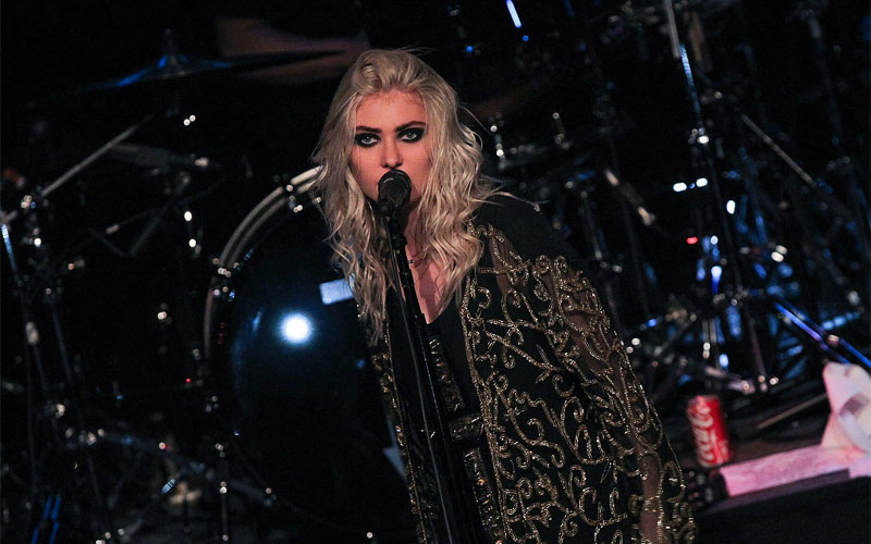 Taylor Momsen Shares A New Video Announcement About Upcoming Tour   https://metalheadzone.com/taylor-momsen-shares-a-new-video-announcement-about-upcoming-tour/ …pic.twitter.com/UnSgDMtfd4