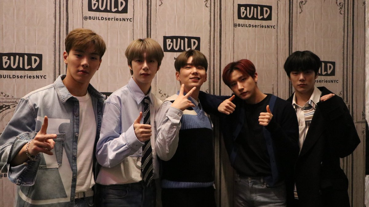 "2020.02.21 FRI  ""ALL ABOUT LUV"" #MONSTAX in USA   Build Series @BUILDseriesNYC   #ALLABOUTLUV  #MONSTA_X #몬스타엑스<br>http://pic.twitter.com/KBt6vo4sfn"