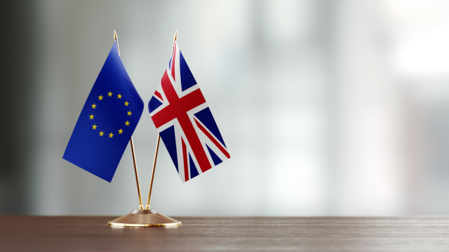 How does #Brexit and the geopolitical environment impact #European #privatemarkets? We discuss so you can best optimize your portfolio in 2020. #Wealth http://bit.ly/2vafLhxpic.twitter.com/SCVdFCRYvE