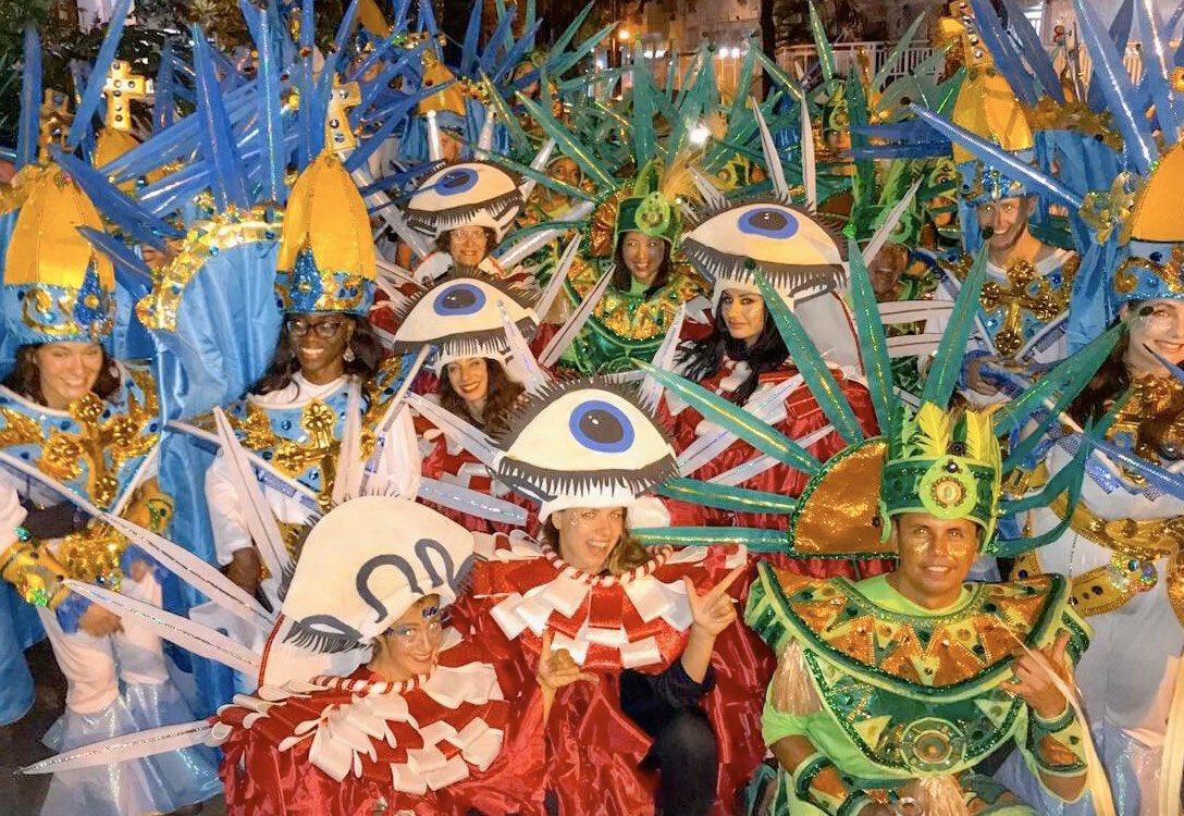 So fun joining Rio Carnival! Lifetime  experience.  リオのカーニバル初日、パレードに参加させてもらって一生ものの思い出ができた!  #Carnaval2020 #RiodeJaneiropic.twitter.com/LSetsmIEWC