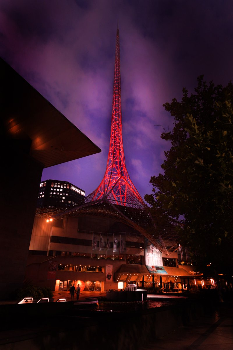 test Twitter Media - 1/3: Last night, Melbourne lit up its streets in red and yellow in support of our Chinese communities and their families and Friends in China. https://t.co/yMHLCFXQxf