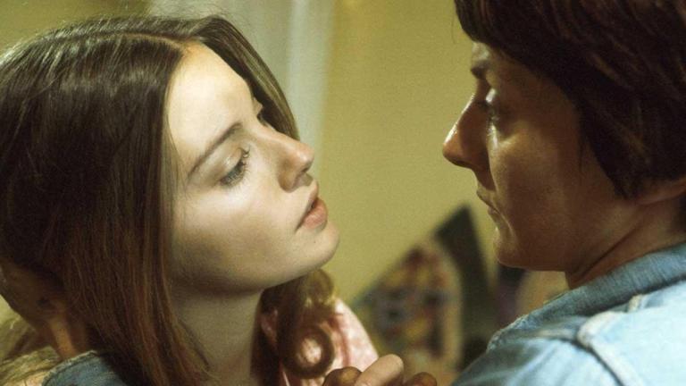 #LynneFrederick & #JaneLapotaire on #BBC's #PlayForToday #LGBT #70sLGBT  • #EnglishRose #LynneFrederickFanPage #celebrities #vintage #films #photography #beautiful #1970s #british #britishfilm #beauty #movie #actress #britishculture #mostbeautifulgirlintheworld #angelfacepic.twitter.com/eAWxMrL8GA