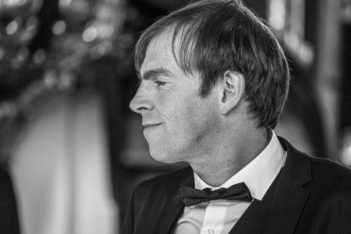 Expecting the bride...  https://www.hochzeitsfotografie-r-und-e.de/  #hochzeit #fotograf #hochzeitsfotograf #hochzeitsfotos #hochzeitsbilder #hochzeitskleid #brautkleid #braut #heiratenpic.twitter.com/qfcGSHNJrK