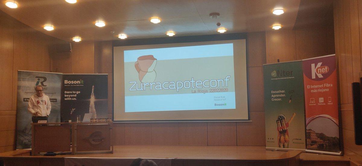 Interviene Óscar Ruiz de la empresa socia @Bosonit que nos habla de IoT @zurracapoteconf #riojaticpic.twitter.com/WQOklxlF5W