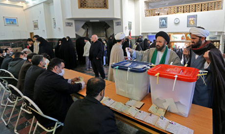Candidates linked to #Iran's Revolutionary Guards leading in election in capital english.ahram.org.eg/News/363930.as…