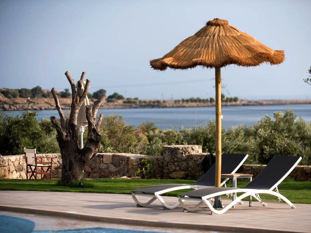 #Libyan #Mare #Hotel & #Suites, a bright, small, pleasant, quiet, luxury place with spectacular sea views, an excellent pool, great for children, near #Palechora's sandy beach ... More: