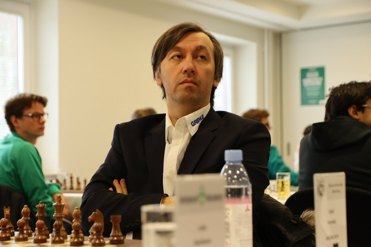 test Twitter Media - Chess legends Laurent Fressinet and Gata Kamsky warming up in the Bundesliga for their #c24live Banter Blitz on Monday! https://t.co/h4UysDuBiy  #c24live https://t.co/sPNETgQLs8
