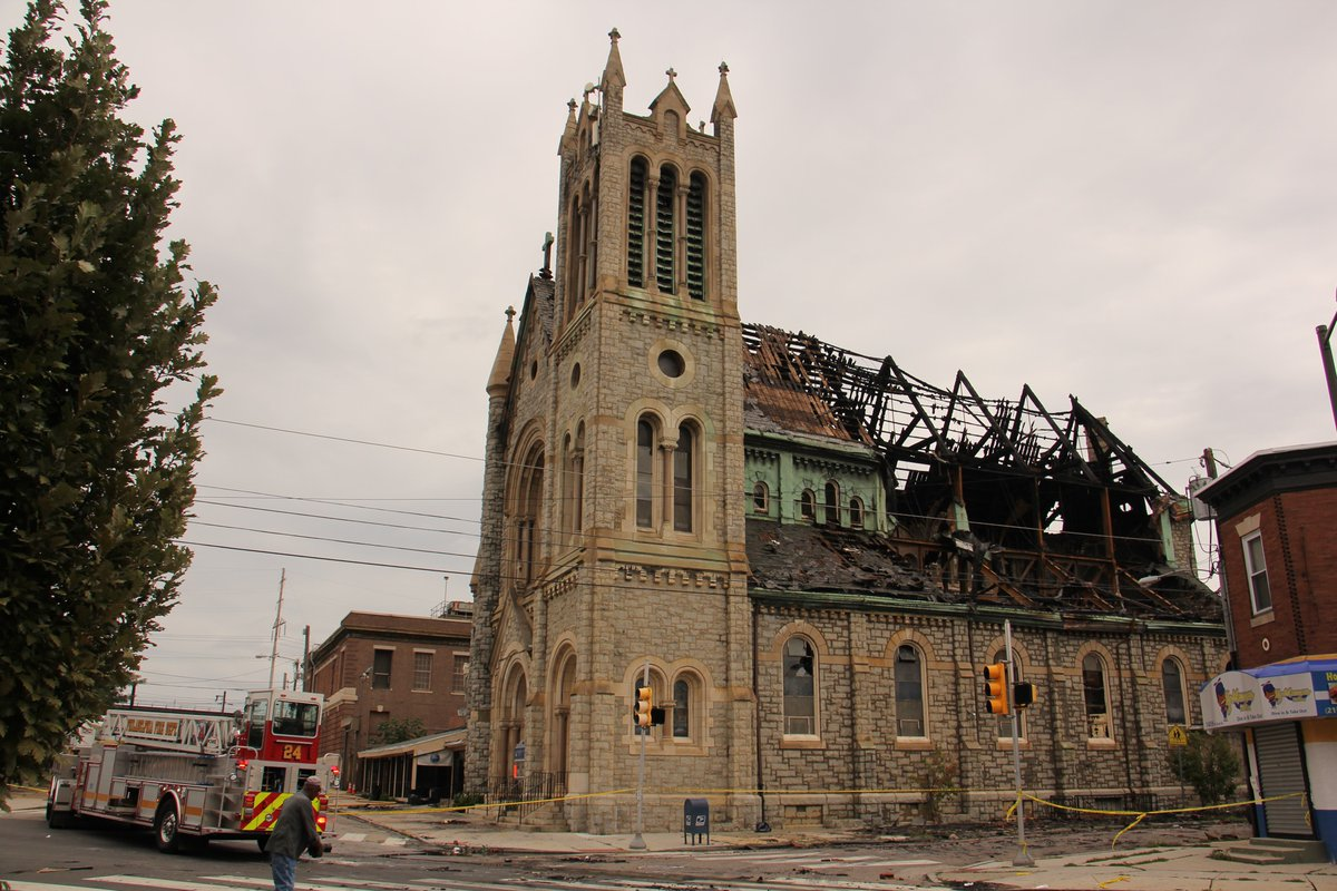 West Philadelphia church burned in blaze to save soaring bell tower dlvr.it/RQXr22