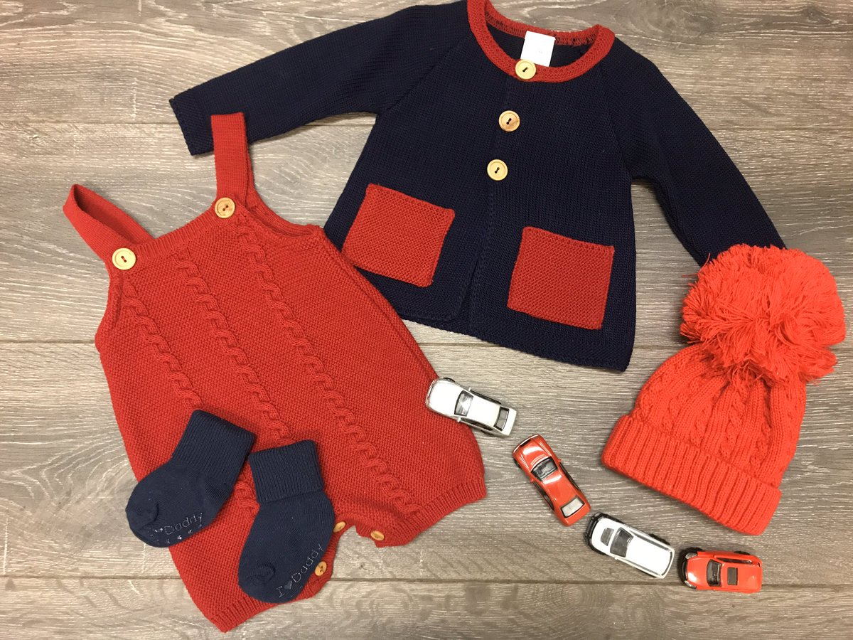Loving this little #outfit We've teamed it with some navy socks & one of our #cute bobble hats  Super #cute & super #snug !   #babyclothes #knitwear #bobblehatpic.twitter.com/0Vz6xciDl7