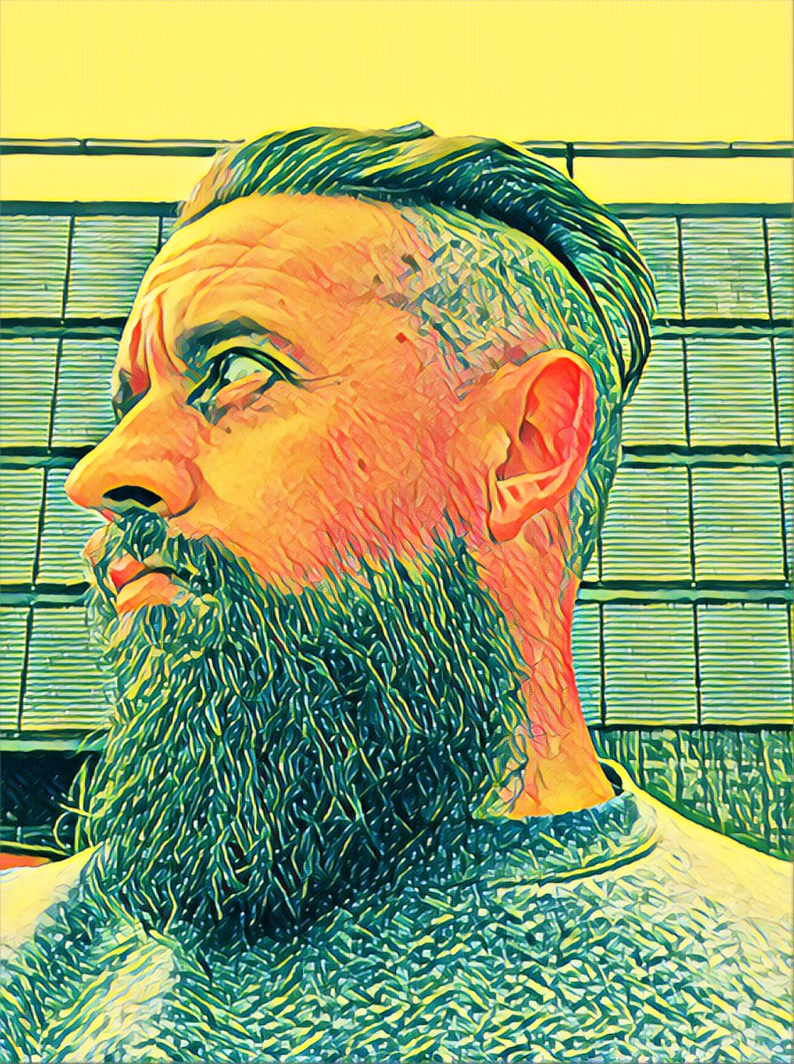 2 months in to drinking a gallon of water a day & it's paying dividends! My beard is thicker, hairs are soft & hydrated, dormant hairs have woken... I will never see my chin again! #beardedbeauties #letitgrowpic.twitter.com/mKoLSQYlAQ – at Gallagher Retail Park