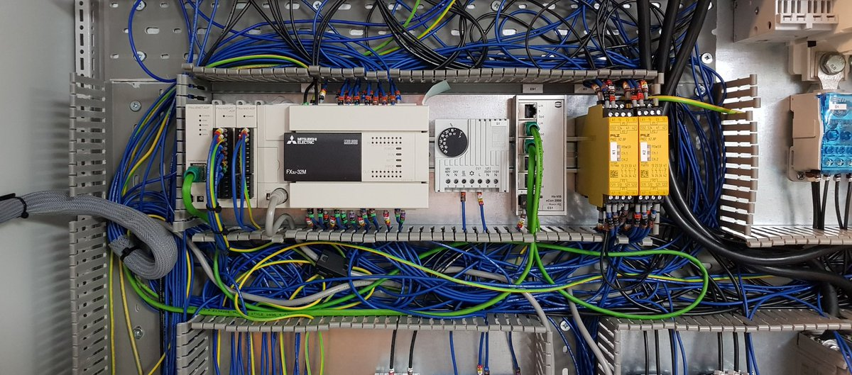 We're highly proficient in the design & implementation of industrial #automation & process control systems.  Find out more here: https://www.controlfreaksltd.co.uk/   #electricalengineers #smarttech #robotics #aipic.twitter.com/TdAKQhU67I