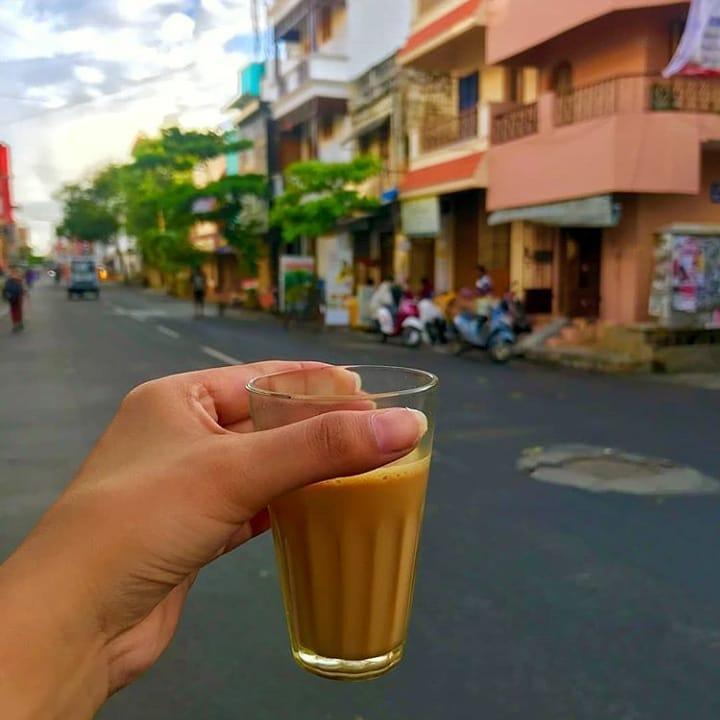 छोड़ जमाने की फ़िक्र यार, चल किसी नुक्क्ड़ पे #चाय पीते है.  #copypaste  #chai #tea #GoodEvening  #PhotoOfTheDay #PicOfTheDay