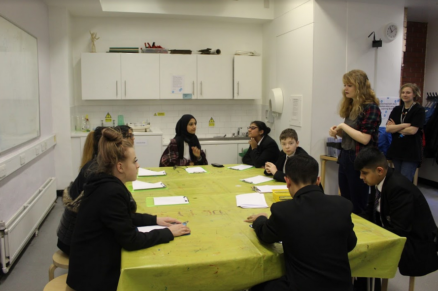Excited to share that a group of pupils will be undertaking the CDDIR project,in partnership with @ideasfoundation. They will work alongside MMU and designer Christie Rawcliffe. Here's a glimpse of their visit to a gallery and drawing session! #TeamFPHSpic.twitter.com/RWNVzv3Wtf