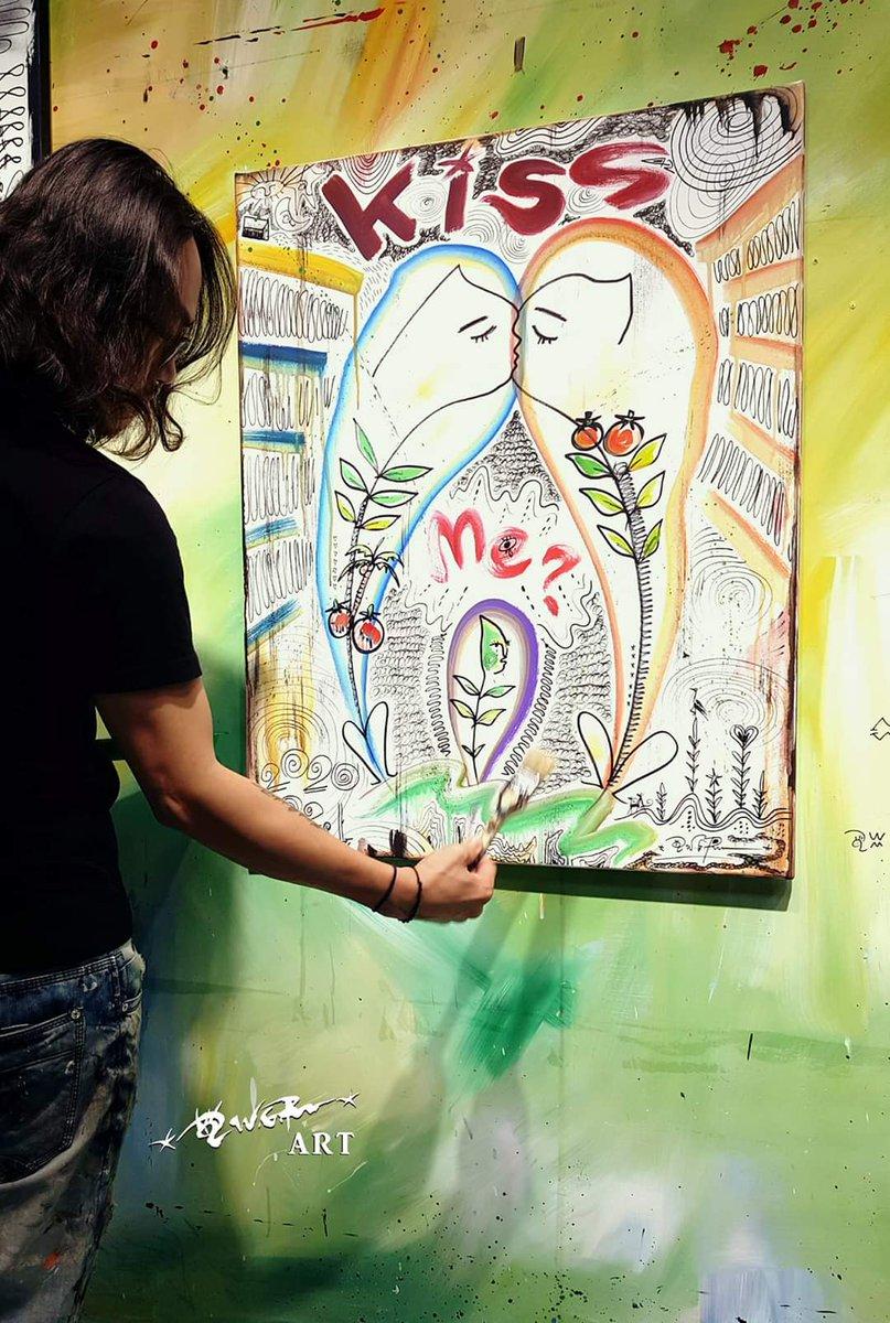 好多想畫的,夜創一番。  #植覺 #本質 #wangguorenart  #art #kiss #me?