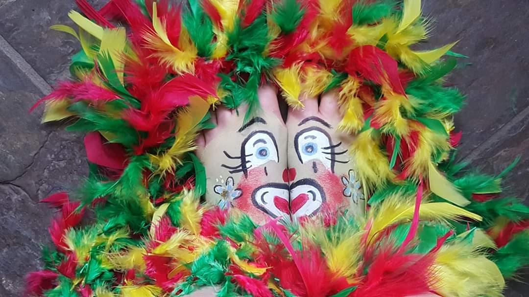 Voor iedereen een hele fijne #Carnaval #havefun pic.twitter.com/xoXWdmpa55