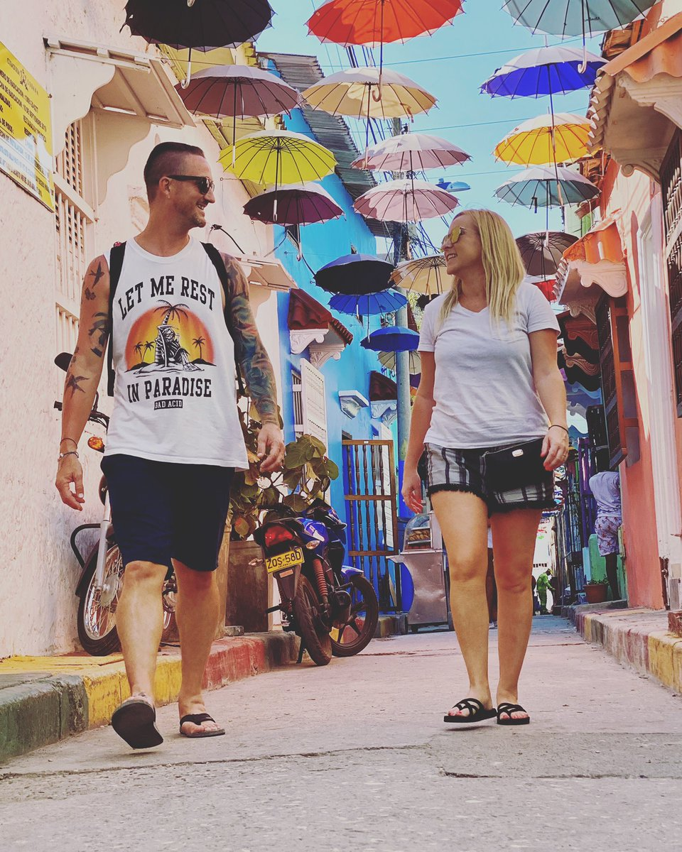 Let me rest in paradise. . . . #wetravel365 #travel #travelcouple #couple #couplegoals #explore #wanderlust #cartagena #colombia #potd #colorful #umbrella #travelcommunity #marriedlife #enjoytheridepic.twitter.com/ykcWl1P7f0