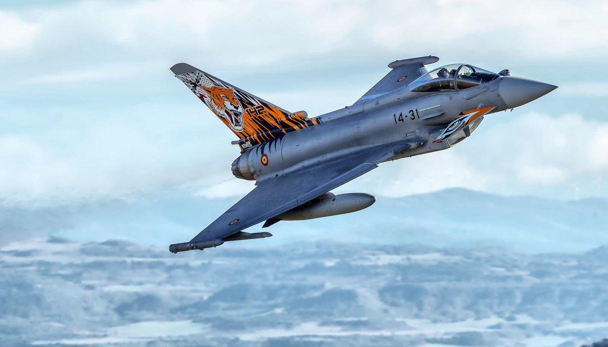 🇨🇴🇪🇸🇮🇱AAG_th บันทึกประจำวัน: #Airbus เสนอเครื่องบินขับไล่ #Eurofighter #Typhoon แก่โคลอมเบีย  #Colombia #AirForce @eurofighter @AirbusDefence #Spain @EjercitoAire #Israel @ILAerospaceIAI #Kfir #FighterJet #Aircraft #Aviation #Aerospace