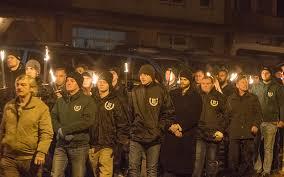 nichts ist besser geeignet, Opfern rassistischer Morde und rechten Terrors zu gedenken, wie ein guter deutscher Fackelmarsch.   Rückblick NSU: https://blog.zeit.de/stoerungsmelder/2019/11/17/neonazis-verhoehnen-nsu-opfer-bei-fackelmaerschen_29241…  Fick dich #Pforzheim #FCKNZSpic.twitter.com/7yS7zgodsj