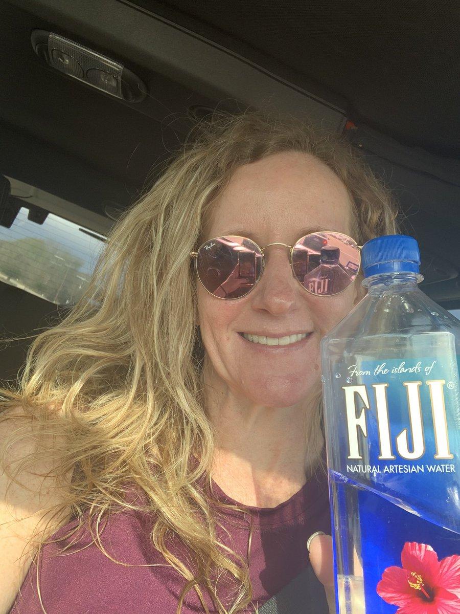 Sunny Saturday yoga brought to you by The Yoga Room Conroe,  and Fiji water. #hotyoga #sweatybodies #gettingfit #byebuejigglearms #gettingabs #fijiwater #theyogaroomconroepic.twitter.com/Km3DDP9AJq