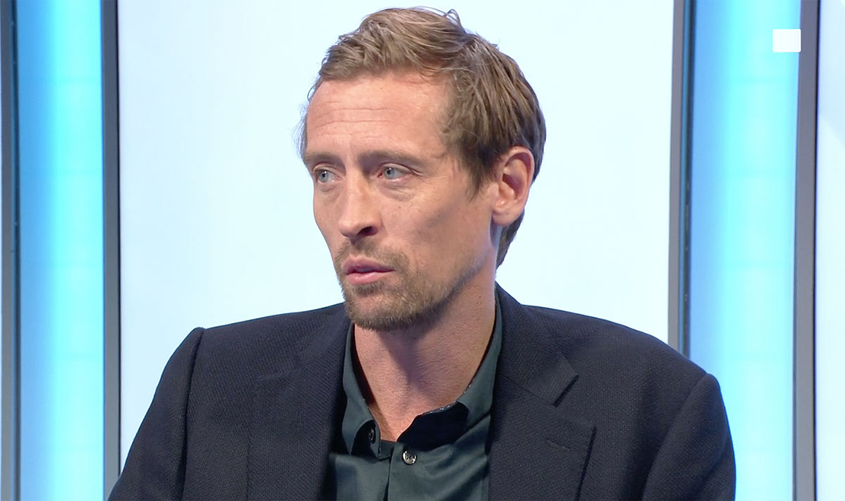 """Tottenham compared to STOKE by Peter Crouch after """"demoralising"""" Chelsea performance #TOTCHE  https://www.express.co.uk/sport/football/1245967/Tottenham-news-Peter-Crouch-Stoke-City-Chelsea-Jose-Mourinho…pic.twitter.com/pP84SBZBnA"""