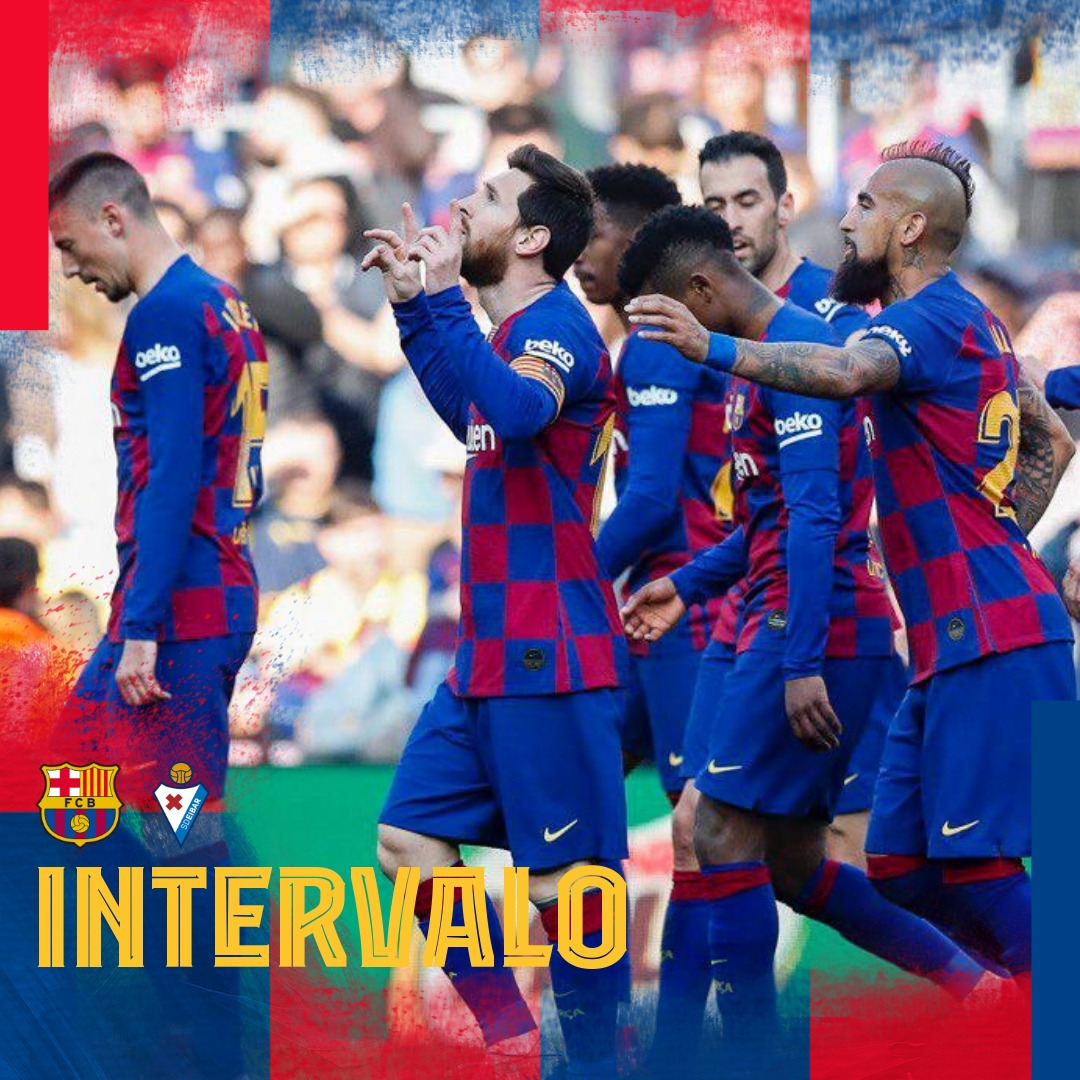 ⏱ Fim do 1º tempo no Camp Nou! 🏟 ⚽️ #BarçaEibar 3️⃣-0️⃣ 👟 #Messi (x3) 👑  👊 Vaaaaaamos Baaarça! 🔵🔴